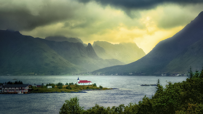 No Time No Destiny: the Norwegian Northern Islands